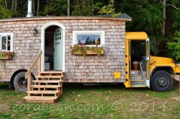 autobus transformado en casita