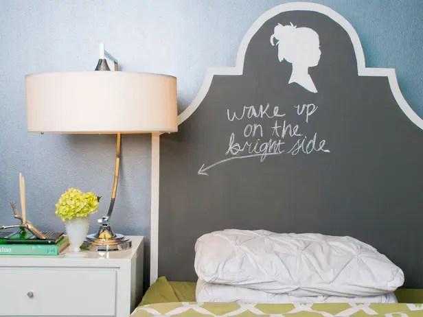 wpid-rx-maureen-inglenook-decor_silhouette-chalkboard-headboard-with-writing_s4x3_lg-1.jpg.jpeg