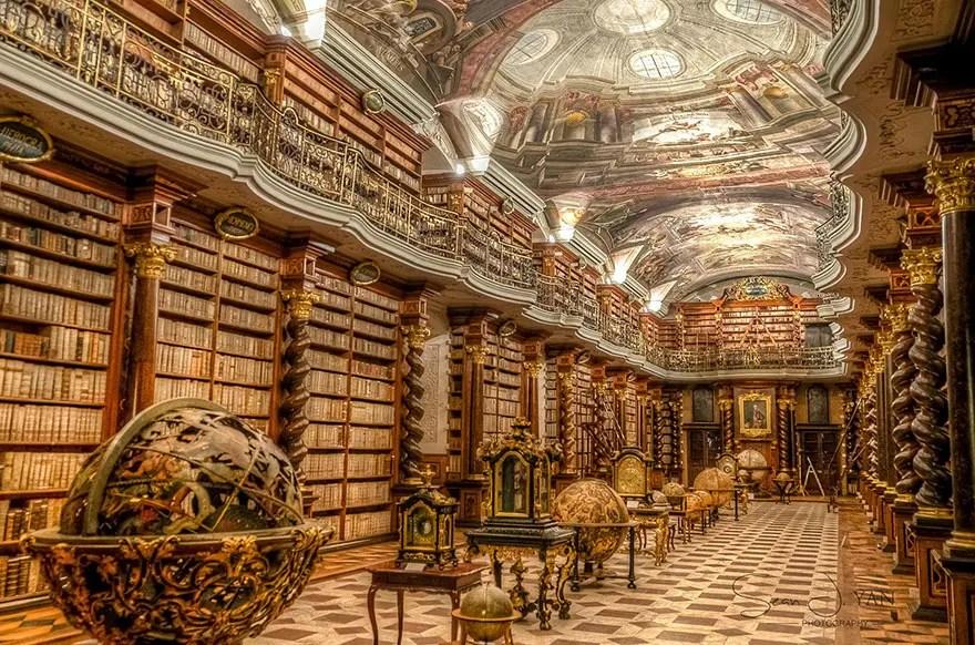 biblioteca-praga1