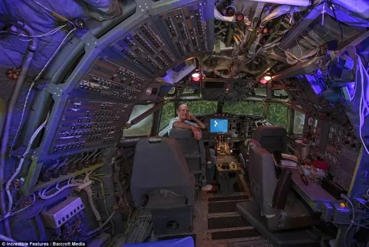 hombre vive en aeroplano 8