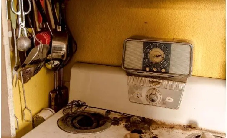 sorprendentes-imagenes-casa-abandonada-9