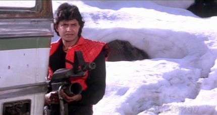 Mithun-with-big-gun.jpg