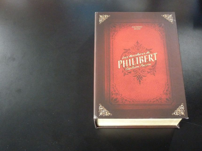 les-aventures-de-philibert-capitaine-puceau_coffret-collector-edition-limitee_02