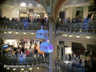 sapin-galeries-lafayette-03-zoom-aukey