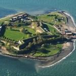 Georges Island & Fort Warren : Boston