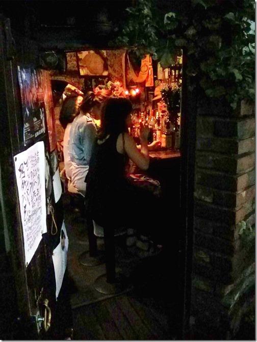 Shinjuku Golden Gai Bar Area  Tokyo (3)