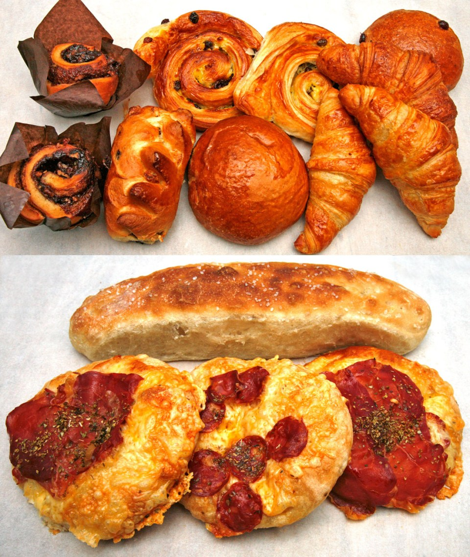 Søtlig bakverk, foccaccia og mini-pizzaer rett fra ovnen.