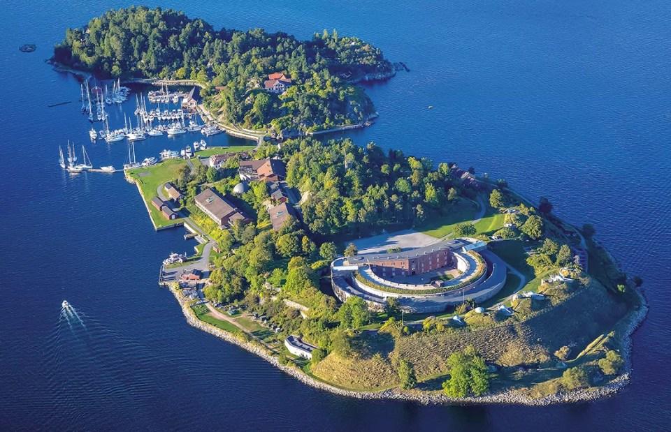 9. april og Oscarsborg er uløselig knyttet sammen. Velkommen til en spennende historisk opplevelse. Foto © Einar Ingvaldsenl