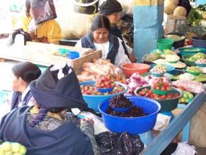 The food market Otavalo, Ecuador © Carmen Cristina Carpio Tobar