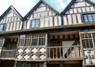 Raynald's Mansion,