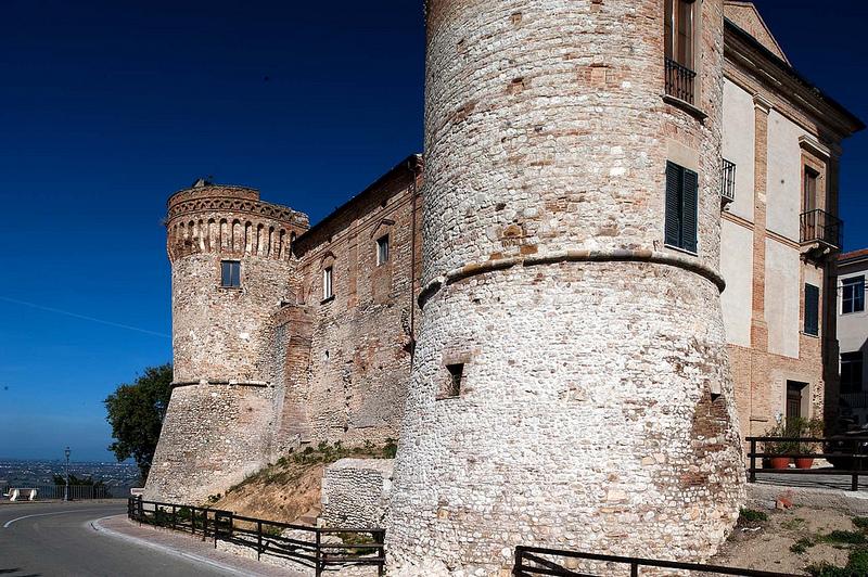 castello di Monteodorisio