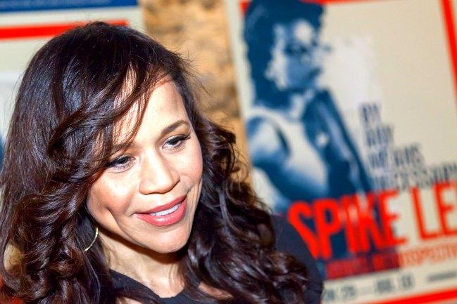 Rosie Perez, ejemplo de perseverancia a los 50+