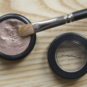 The Eyeshadow Formula That's Weird, But Wonderful