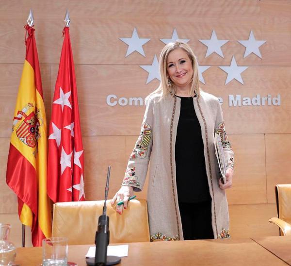 CIFUENTES PRESIDE LA REUNIÓN DEL CONSEJO DE GOBIERNO La presidenta de la Comunidad de Madrid, Cristina Cifuentes, preside la reunión del Consejo de Gobierno. Foto. D. Sinova