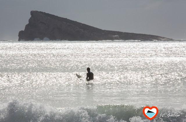 hacer-surf-en-benidorm