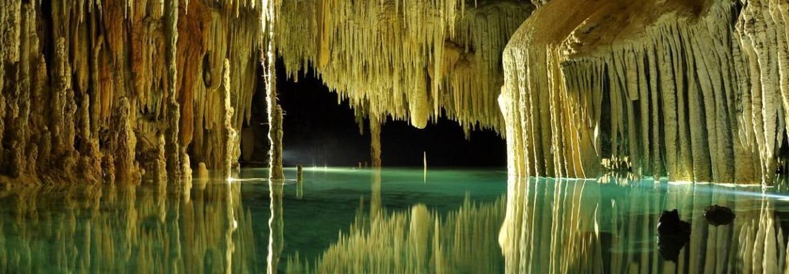 Momentos Mágicos entre Estalactitas y Estalagmitas, Río Secreto