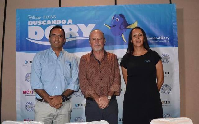 "La OVC Cancun Dolphin Discovery presentan plan de promocion por la pelicula ""Buscando a Dory"""