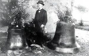 Pfarrer Lentze verabschiedete sich von den Glocken