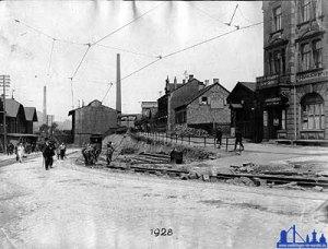Erneuerungsarbeiten 1928 vor dem Völklinger Bahnhof
