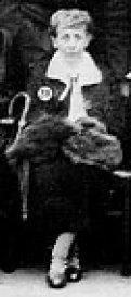 Theodora Röchling am 70. Geburtstag Hermann Röchlings  - Quelle: Die Gründerfamilie Röchling