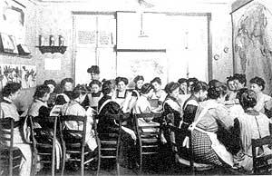 Eine Koch- und Haushaltsschule für Mädchen und junge Frauen. (Quelle: Saarstahl AG)