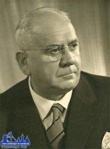 Sebastian Theis * 07.11.1888 † 04.05.1973