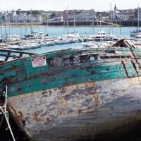 Bretagna: pellegrinaggio nei cimiteri delle barche