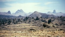 The Tibesti Mountains south of the regional capital of Bardaï. Photograph by Michael Kerling.