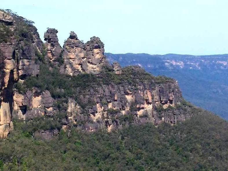 trois-soeurs-sydney-blue-mountains