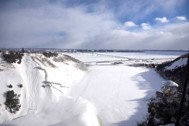 chutes-montmorency-geles