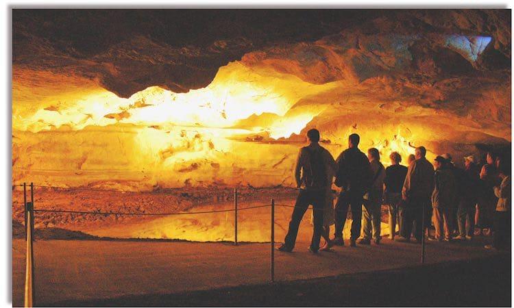 Grotte de Sare
