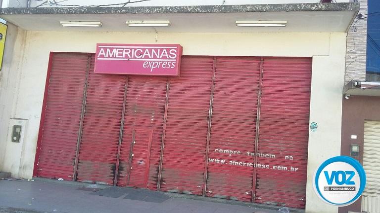 Lojas Americanas foi arrombada na madrugada desta terça (05) em Carpina