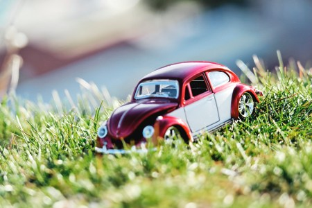 nature summer toy car car gr sunlight small 2k