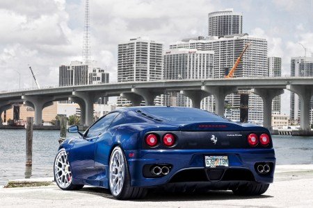 hd wallpapers of cars and bikes 11