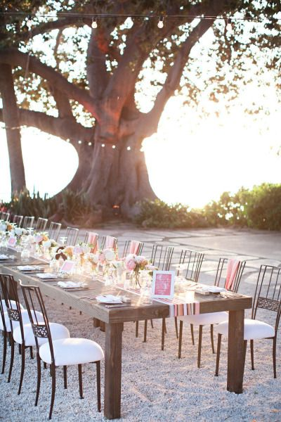 12 fresh and creative wedding table runners