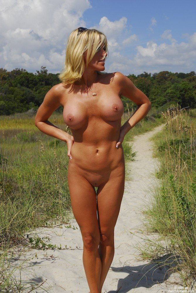 beach voyeur masturbation