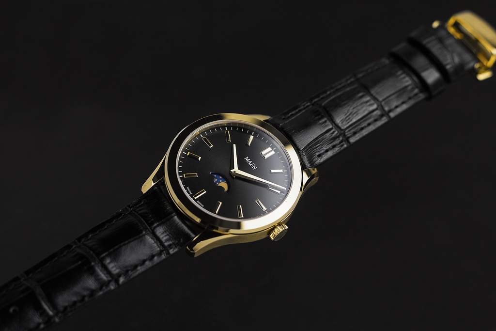 Maen Manhattan gold Moon-phase
