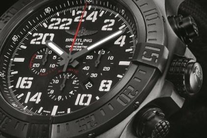 Breitling Super Avenger Military une montre d'élite-04