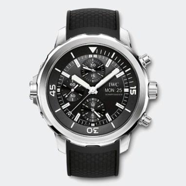 L'Aquatimer Chronographe de IWC, cadran noir et bracelet caoutchouc noir