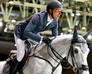 Rolex partenaire des jeux equestres mondiaux Saut obstacle Kevin Staut avec sa Rolex