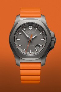 Victorinox-Titanium-inox-orange-soldat