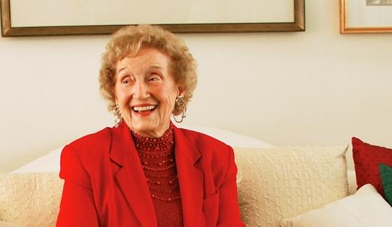 Fran Kinne receives Lifetime Achievement Award at the Women of Influence Awards