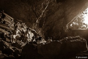 Lumiang Caves