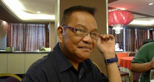Direk Joel Lamangan at the helm of the movie Felix Manalo that stars Dennis Trillo and Bela Padilla
