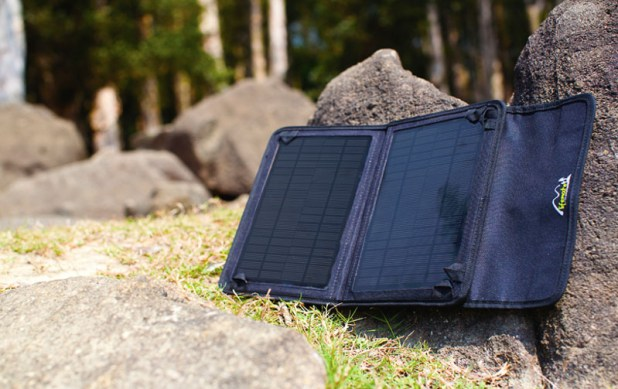 Lifemate solar panel chargers powerbanks-06