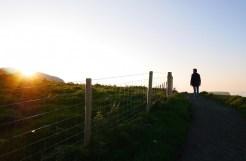 Zonsondergang bij de carrick-a-rede