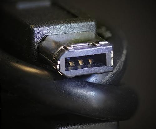 firewire-conector