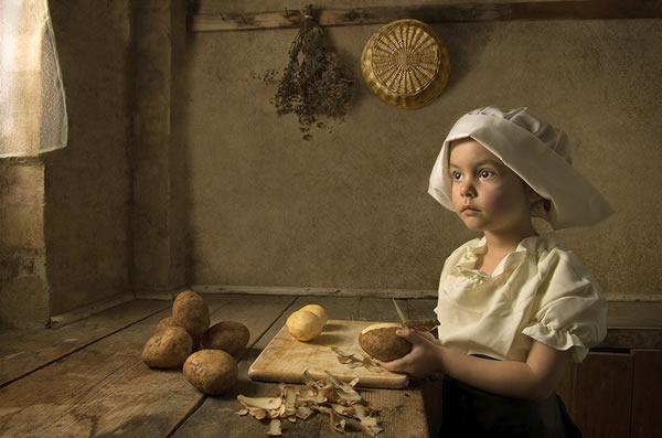 fotografo-retrata-a-su-hija-al-estilo-de-las-pinturas-clasicas-5