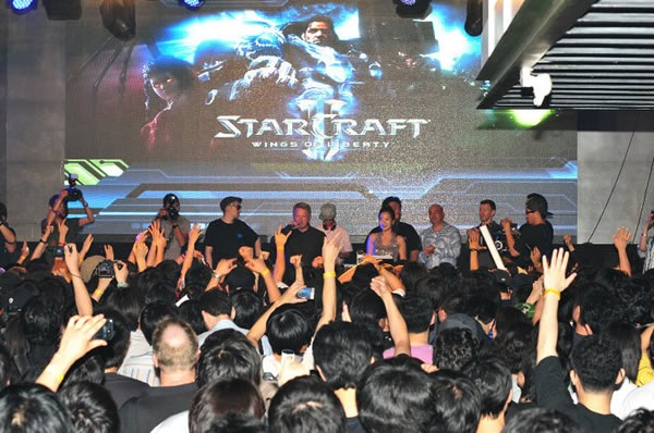 starcraft-ii-lanzamiento-04