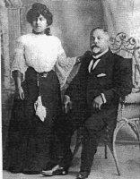 Porfirio Melendez con su hija Aminta Melendez